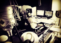 Pretty long wednesday sess!_#musicproduction #musicproducerlifestyle #music #voices #albumproduction