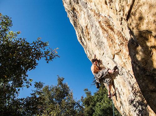 Climbing & Rappelling // Escalada & Rappel