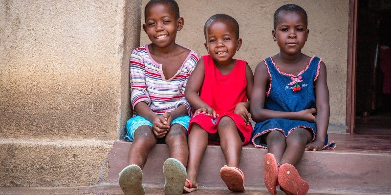 Rett til vann: hvordan PM We Care hjelper barn i Zimbabwe
