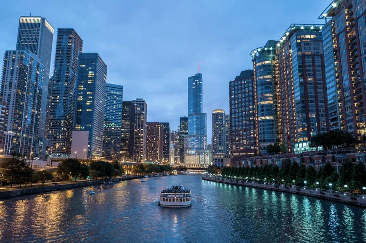 chicago-skyline-at-night-wall-mural_740x