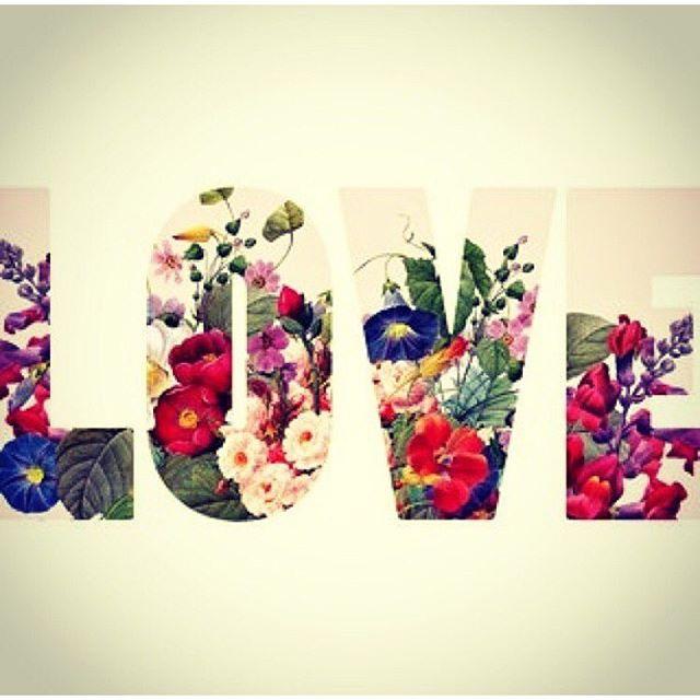 Espalhando o amoooor 💗 para uma semana maravilhosa! 🙌 _______________________________________________ Spreading the loveeee 💗 for an awesome