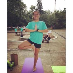 E teve aula de yoga a _kathyoga!_✨_Hoje rolou o B.eat Sunday organizado pela _b.eatfood, tovemos aul