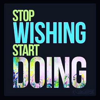 _Pare de desejar, comece a fazer_ _Que essa semana se inicie com esse pensamento colocado em prática