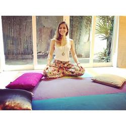 Começando o dia bem! Hoje comecei o dia fazendo uma prática de meditação em grupo com o pessoal do e