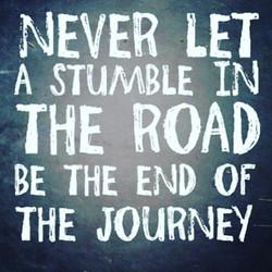 _Nunca deixe que uma pedra no caminho, seja o fim da jornada_ _#positivethinking #goodvibes #goodtho