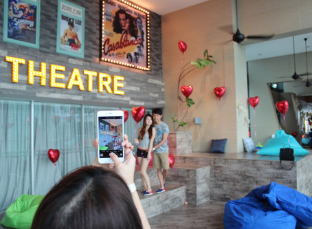 'Love Adventure' Attracts Crowd