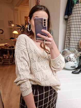 V - neck knitted sweater