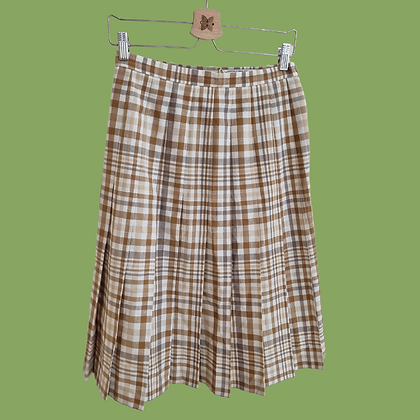Checked pleated A line skirt