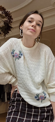 Pastel Flower embroidered sweater
