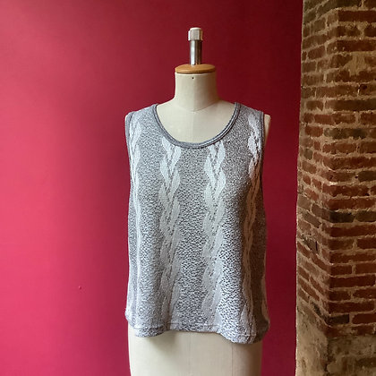 Silver/grey knitted vest