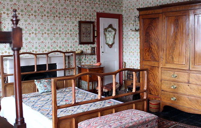 Emery Walkers House 7 Hammersmith Terrace bedroom