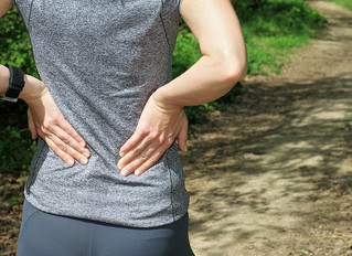 Why does my lower back hurt?  By Osteopath Etienne
