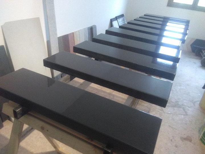 touches-piano-noires-atelier.jpg