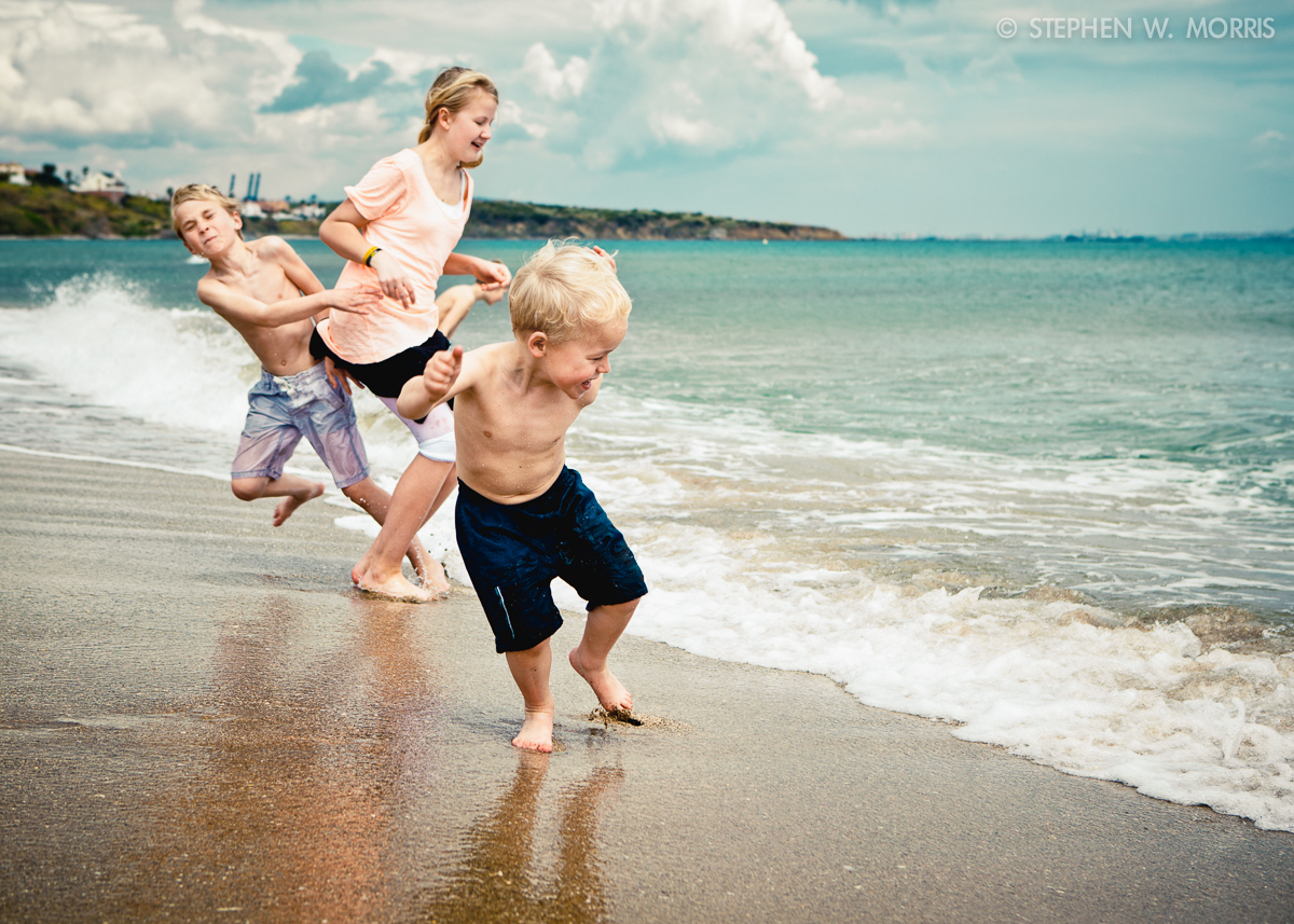 kids-at-beach-1