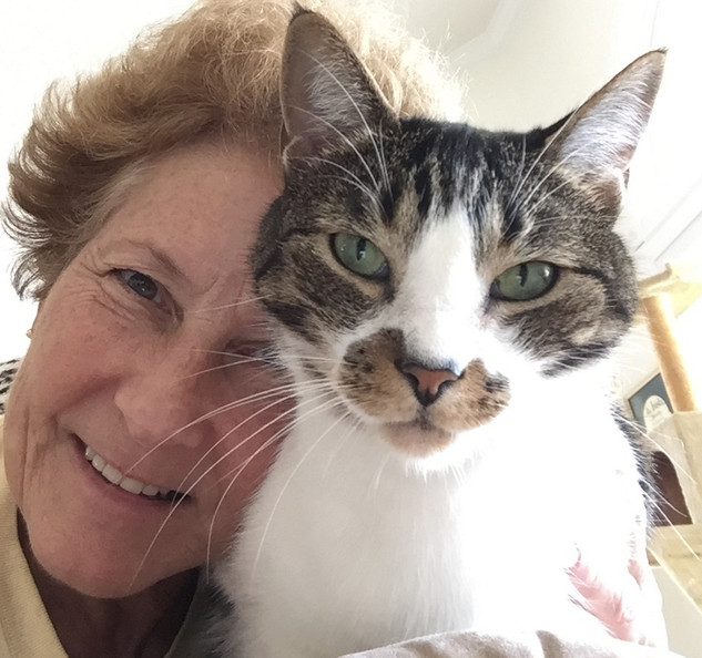 Lynn & Louie Barrett, a SAFER rescue.  7 years of happiness together!  Thanks to SAFER!!