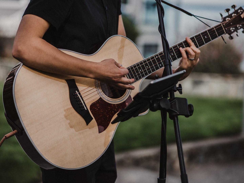 Victoria Wedding Guitarist and Singer