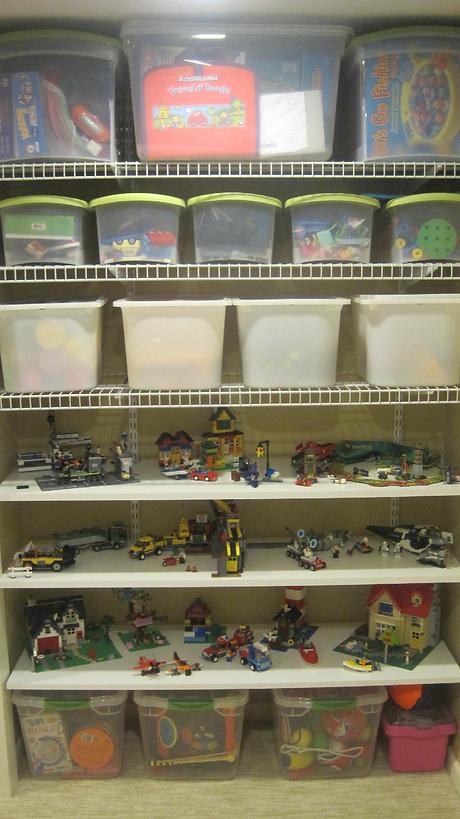 Neat Little Nest: Organizing Kids' Toys and Legos
