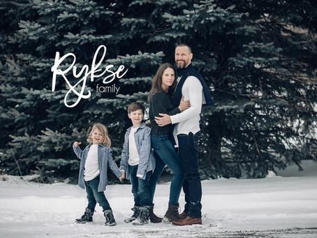 Stunning Winter Family Photos