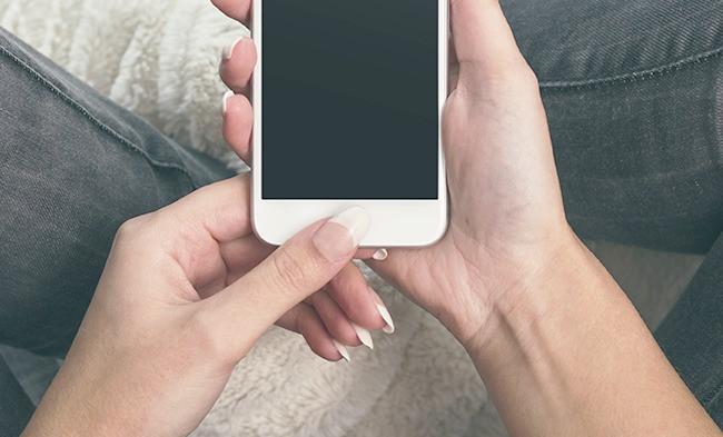 iPhoneホームボタン修理 大分中津
