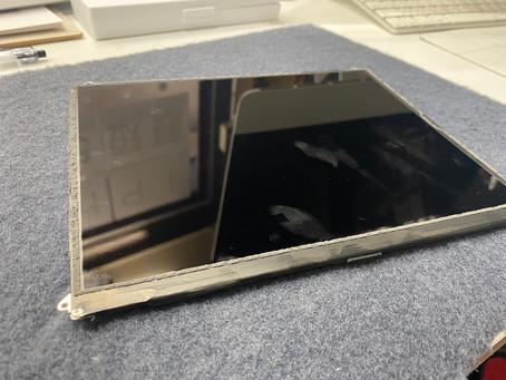 10/10 iPad7 液晶修理