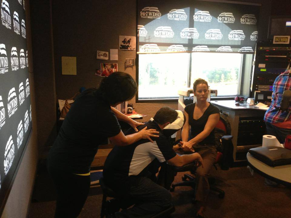 WDSD Massaging Sky Phillips and Crista C