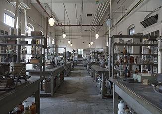 laboratory-3822462_1920.jpg