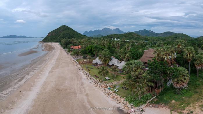 "Relax by the sea at ""La A Natu Bed and Bakery"" Pranburi Prachuab Khirikhan"