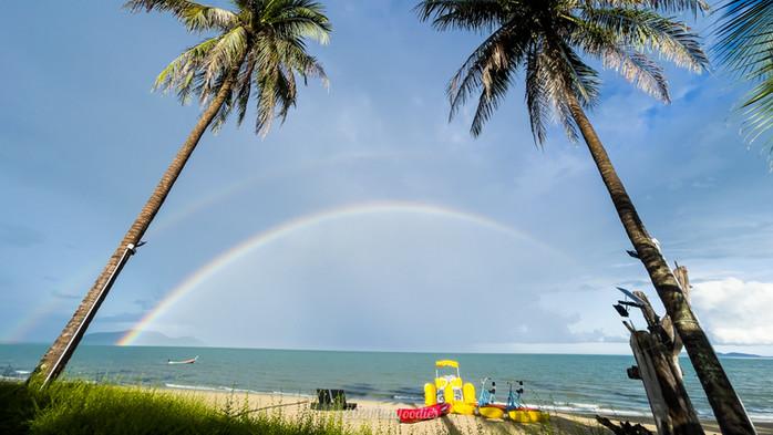 Energize yourself with a Long staycation at SEANERY BEACH RESORT BANGSAPHAN Prachup Khirikhan