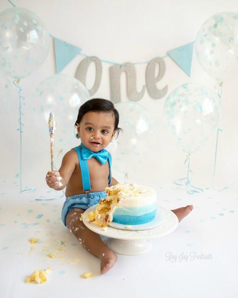 aayan bday cake.jpg
