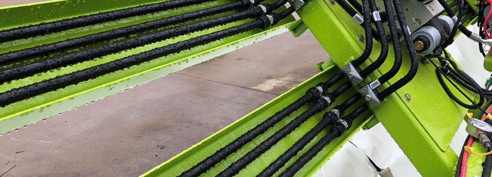 Hydraulic Tubes Expertly Routed