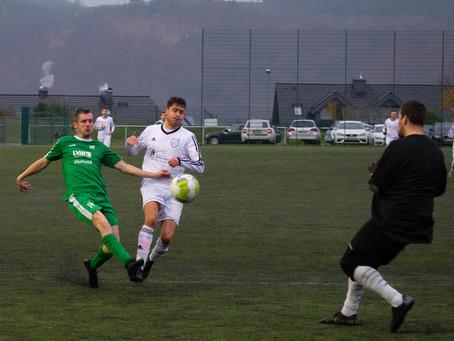 Derby gegen Lenhausen endet 2:2 – Elfmeter-Drama in den letzten Spielminuten