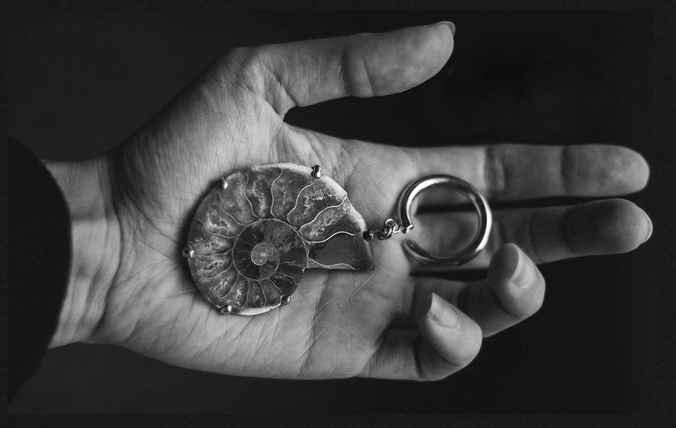 Boucle d'oreille - poids d'oreille - earring - tchatcha bijoux