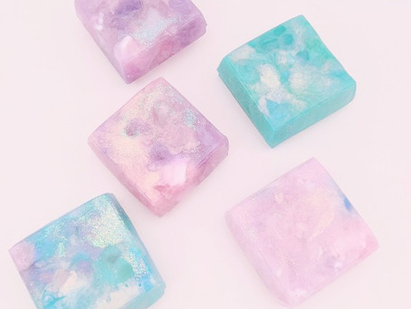 〔新メニュー〕星空のような宝石石けんづくり