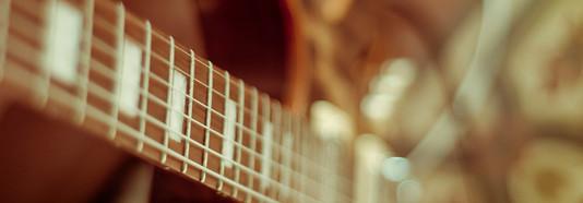 Guitarra - Noneto de Casa