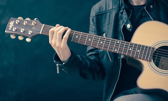 artist-guitar-guitarist-33597 copy.jpg