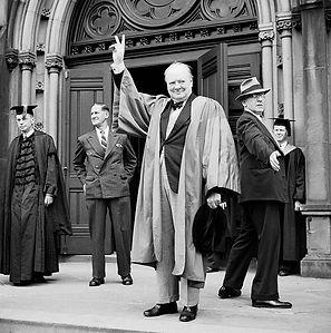 Churchill-en-Harvard.jpg