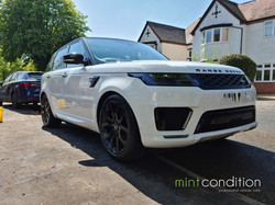Range Rover Sport White - Three Star