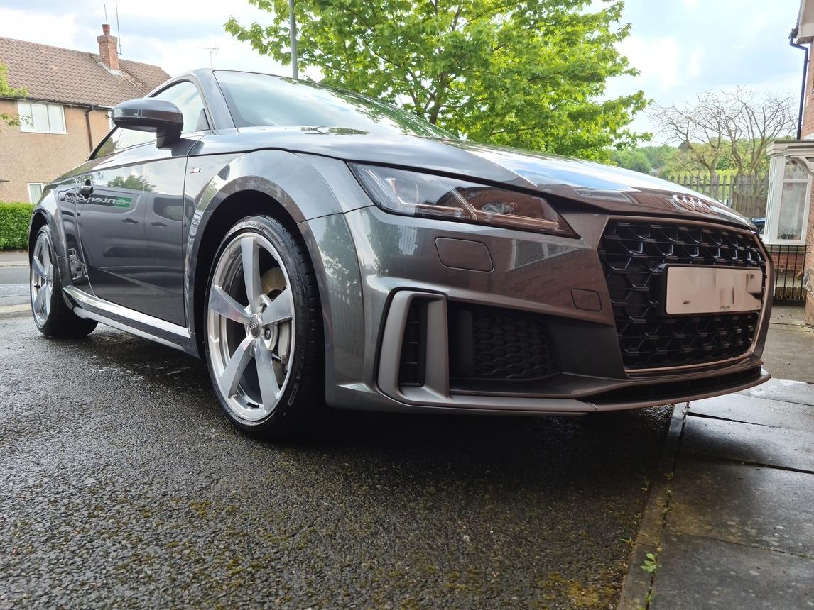 Audi TT - Two Star