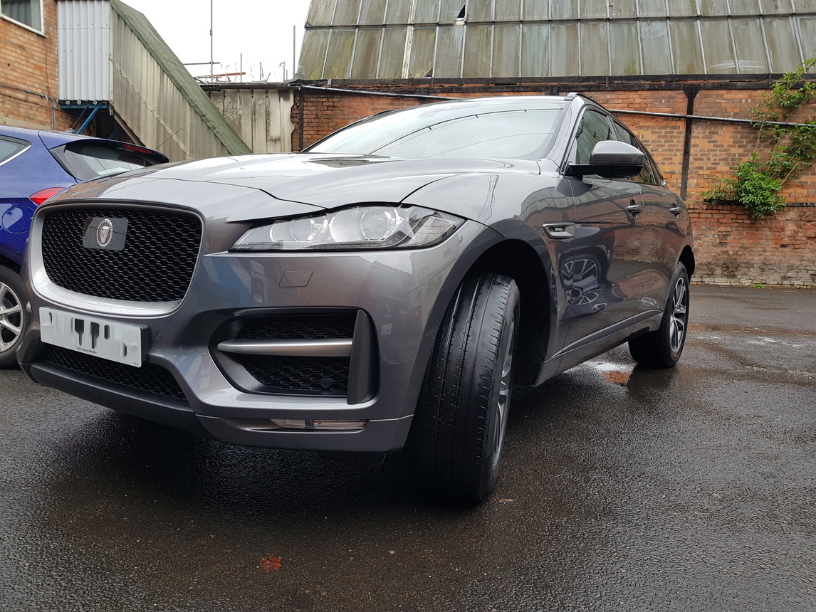 Jag f pace