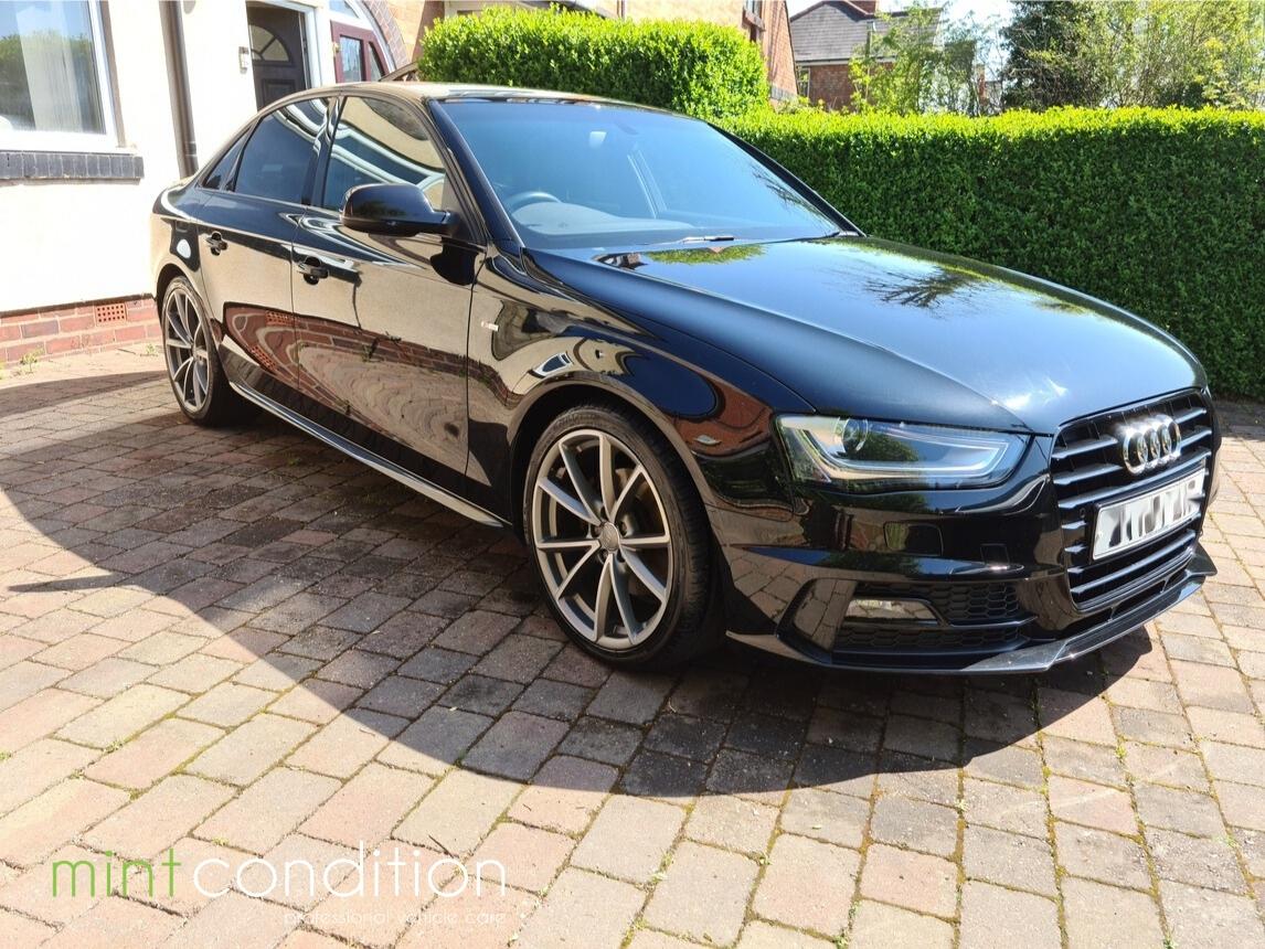 Audi A4 S Line Black Edition