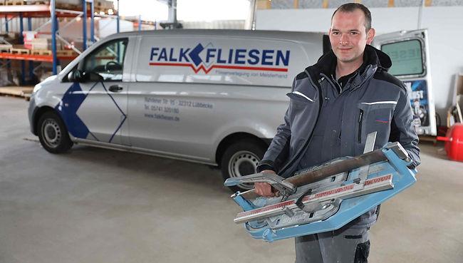 FalkFliesen_Fliesenleger.jpg
