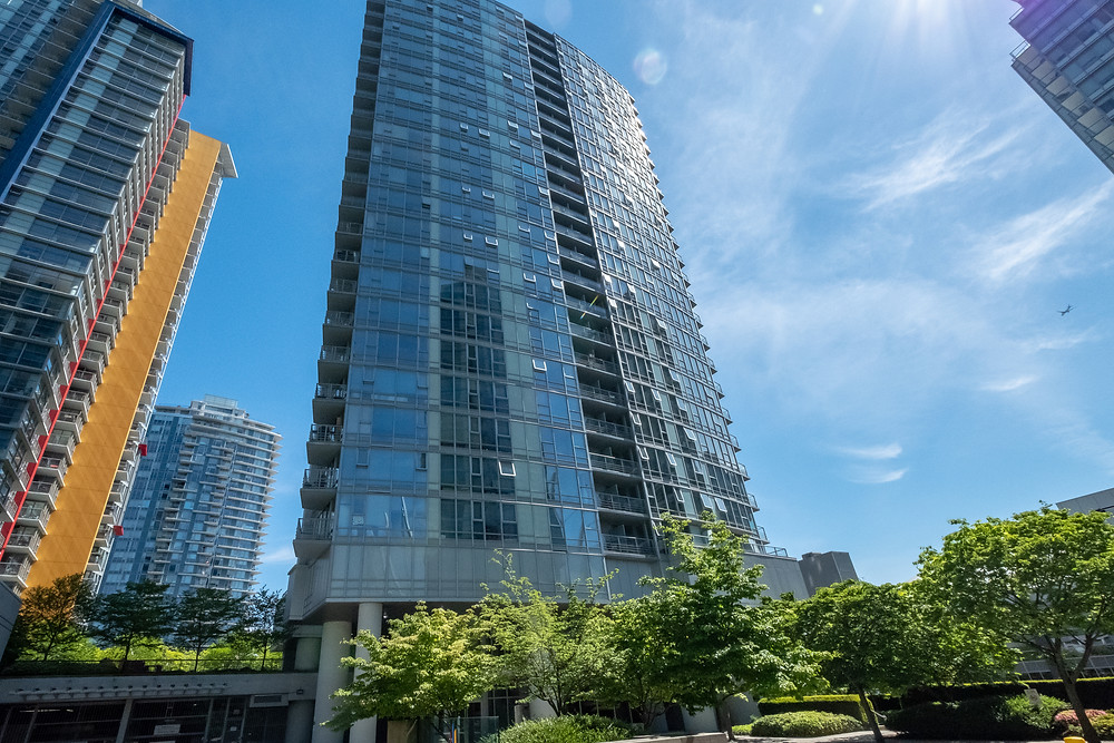 131 Regiment Sq Vancouver, Condo for sale in downtown Vancouver