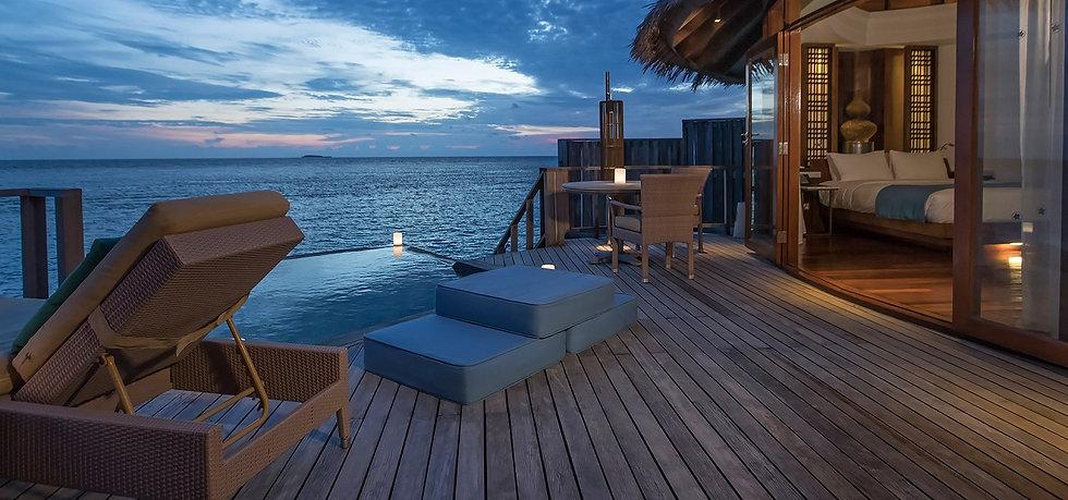 12800 x 600 Constance Halaveli Maldivas