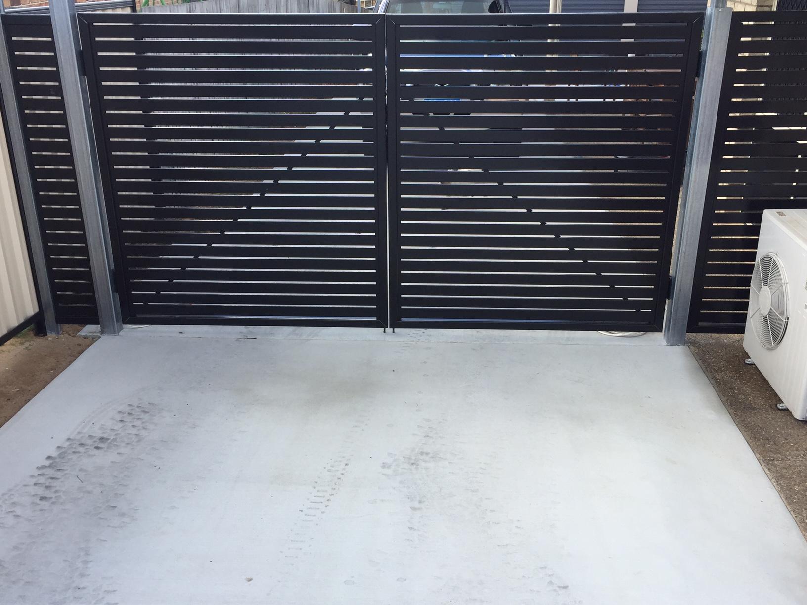 Aluminium Batten Fence