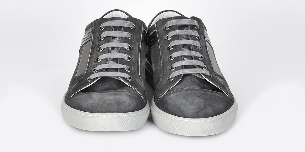 Tennis Shoes (size 9)