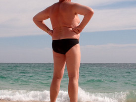 New Study Suggests Men Should Not Wear Speedos at Public Pool