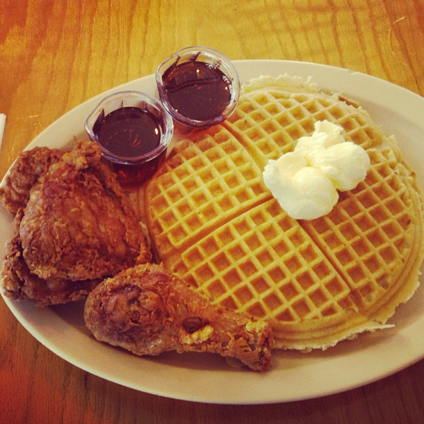 roscoes chicken and waffles soul society 101 food foodies.png