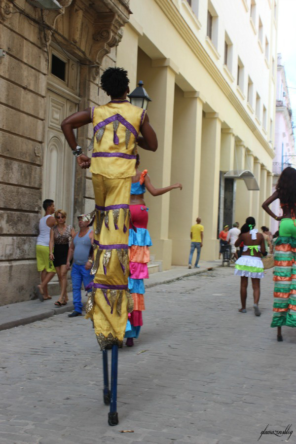 cuba-havana-san-francisco-square-dancing-stilts-glamazons-blog-2.jpg