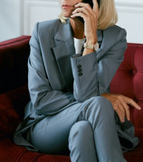 mature-businesswoman-speaking-by-phone-i