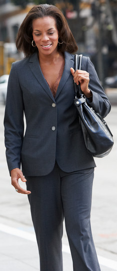 businessman-and-businesswoman-in-street-
